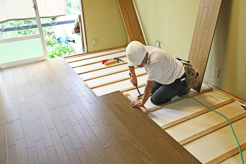 Restoring vs. Replacing Hardwood Floors