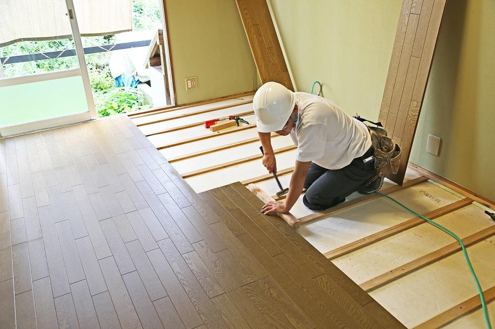 Restoring vs. Replacing Hardwood Floors